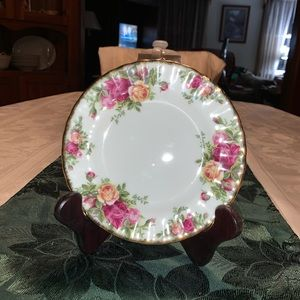 Old Country Roses bread plate